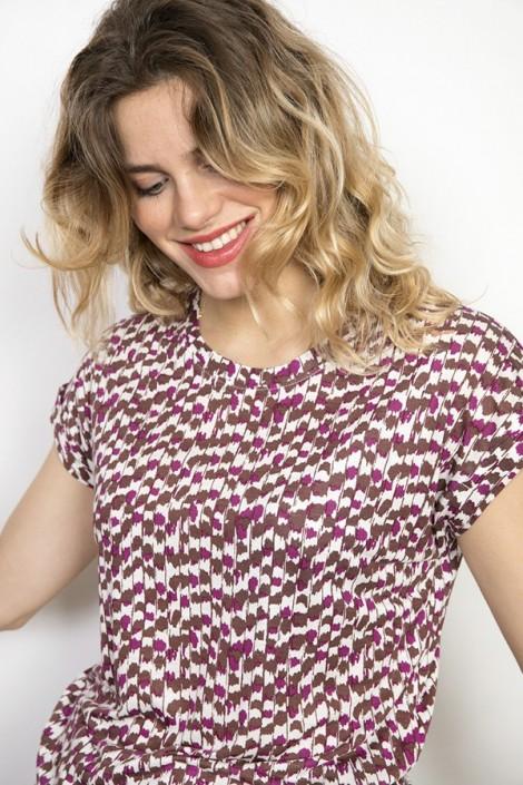 Camiseta SusiSweetdress blanca con formas geométricas