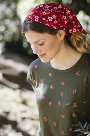 Camiseta SusiSweetdress kaki con mariquitas