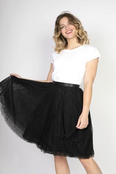 Falda tul negra con topos...