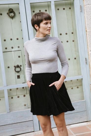 Falda mini terciopelo negra