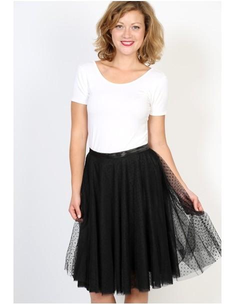 Falda tul negra con topos negros