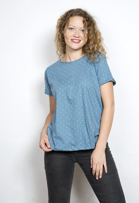 Camiseta SusiSweetdress azul bondi con puntos blancos