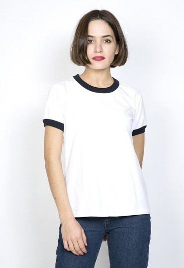 Camiseta SusiSweetdress blanca con borde azul