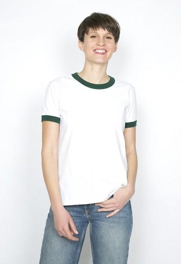 Camiseta SusiSweetdress blanca con borde verde