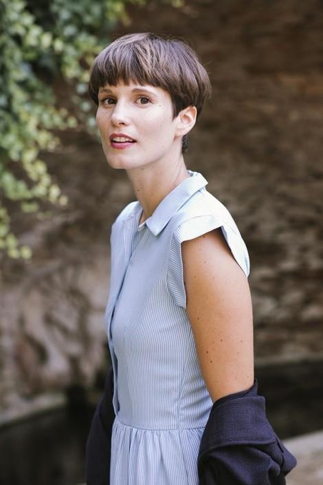 Vestido blanco rayas azul claro Júlia