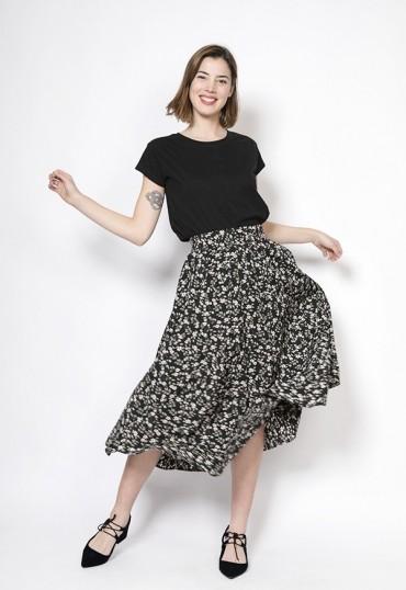 Falda maxi larga negro con ramitas