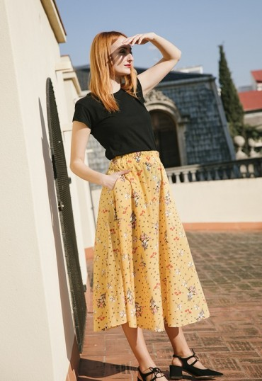 Falda maxi larga amarilla...