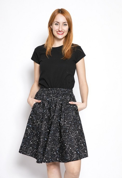 Falda midi negra constelaciones